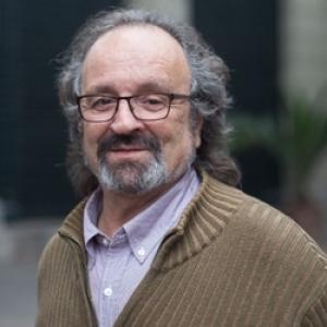 """DR. JUAN CARLOS SKEWES VODANOVIC DE LA  UAH PRESENTARÁ LIBRO """"LA REGENERACIÓN DE LA VIDA EN LOS TIEMPOS DE CAPITALISMO"""""""